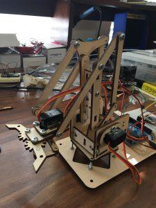 Microbotlabs Robotic Claw